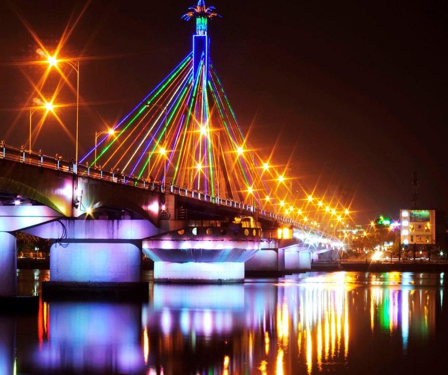 Cầu quay sông Hàn là linh hồn, là biểu tượng của thành phố Đà Nẵng