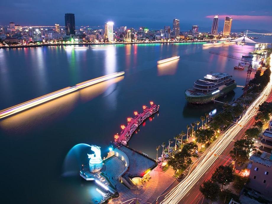 Cầu tàu tình yêu ở Đà Nẵng – lãng mạn bên dòng sông Hàn